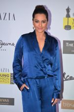 Sonakshi Sinha at Grazia Young Fashion Awards 2016 Red Carpet on 7th April 2016 (148)_5708e59918584.JPG