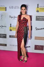Taapsee Pannu at Grazia Young Fashion Awards 2016 Red Carpet on 7th April 2016 (133)_5708e5cb3a4a6.JPG