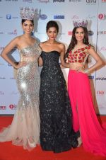 at Femina Miss India red carpet on 9th April 2016 (193)_570a45200024f.JPG