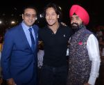Bad Man Gulshan Grover poses with Tiger Shroff and Shri Charan Singh Sapra at Punjabi Icon Awards in Mumbai_570b728ab2e05.jpg