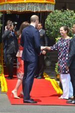 Prince William & Kate Middleton arrive in Mumbai on 10th April 2016 (10)_570b881d8820c.JPG