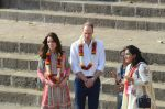 Prince William & Kate Middleton in Mumbai on 10th April 2016 (85)_570b88773ef74.JPG