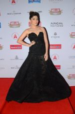 Kanika Kapoor at Hello Hall of Fame Awards 2016 on 11th April 2016