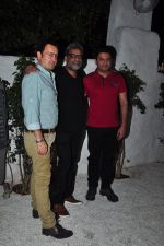 R. Balki, Bhushan Kumar at the Success bash of the film Ki & Ka in Olive on 11th April 2016 (8)_570ccdead68e4.JPG