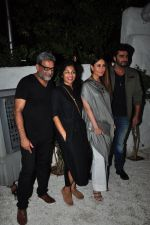 R. Balki, Gauri Shinde, Kareena Kapoor Khan, Arjun Kapoor at the Success bash of the film Ki & Ka in Olive on 11th April 2016 (43)_570ccd07b34d0.JPG
