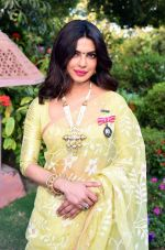 Priyanka Chopra at press meet for winning Padma Awards on 12th April 2016 (43)_570e501b53a20.JPG