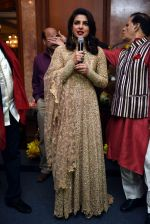 Priyanka Chopra_s party in Delhi on 12th April 2016 (11)_570e516f8a085.jpg