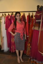 at Jhelum_s store for JJ Vlaya preview on 12th April 2016 (36)_570e50b0b7e46.JPG