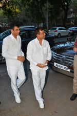 Abbas Mastan at Nadiadwala_s mom prayer meet on 15th April 2016 (7)_571212197b5ee.JPG