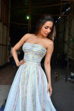 Malaika Arora Khan snapped in Mumbai on 15th April 2016 (4)_571210e68472e.JPG