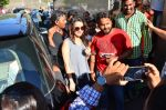 Shraddha Kapoor snapped on 15th April 2016 (9)_571211bc074d1.JPG