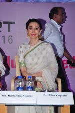 Karisma Kapoor at Gynaecs conference with Dr Nandita Palshetkar on 16th April 2016 (69)_5713a99a866d8.JPG