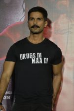 Shahid Kapoor at Udta Punjab trailer launch on 16th April 2016 (167)_5713abe657350.JPG