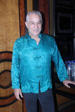 Dalip Tahil at JJ Valaya show on 17th April 2016 (8)_57147eaea35bf.JPG