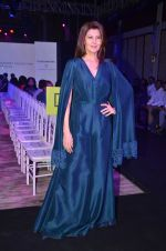 Sangeeta Bijlani at Bibhu Mohapatra show on 18th April 2016 (64)_5715c2326cea9.JPG