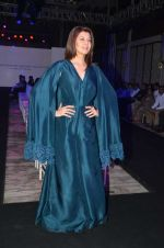 Sangeeta Bijlani at Bibhu Mohapatra show on 18th April 2016 (70)_5715c2761aac6.JPG