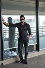 South Superstar Sudheer Babu in Baaghi on 19th April 2016 (25)_57170355c7df1.JPG