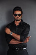 South Superstar Sudheer Babu in Baaghi on 19th April 2016 (40)_571707d2587db.JPG