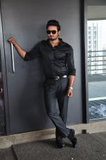 South Superstar Sudheer Babu in Baaghi on 19th April 2016 (44)_5717041423bf9.JPG