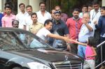 Aamir khan visits lilavati hospital for dilip kumar on 20th April 2016