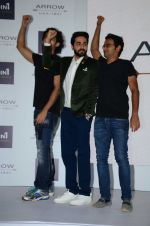 Ayushmann Khurrana at Arrow event on 20th April 2016 (52)_57184efc6c575.JPG