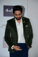 Ayushmann Khurrana at Arrow event on 20th April 2016 (58)_57184f40534d6.JPG