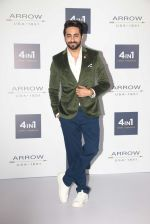 Ayushmann Khurrana at Arrow event on 20th April 2016 (69)_57184f8e66804.JPG