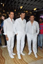 Abbas Mastan at Laal Rang screening in Mumbai on 21st April 2016 (46)_571a3438163bb.JPG