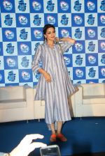 Sonali Bendre at Surf Excel promotions on 21st April 2016 (21)_571a0771022b1.JPG