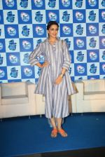 Sonali Bendre at Surf Excel promotions on 21st April 2016 (25)_571a07b144723.JPG