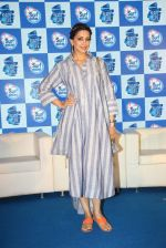Sonali Bendre at Surf Excel promotions on 21st April 2016 (26)_571a07bd92a64.JPG