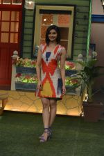 Prachi Desai at the promotion of Azhar on location of The Kapil Sharma Show on 22nd April 2016 (27)_571b64339a4cc.JPG