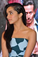 Shraddha Kapoor at Baaghi promotions in Mumbai on 22nd April 2016 (41)_571b675fed2cb.JPG