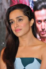 Shraddha Kapoor at Baaghi promotions in Mumbai on 22nd April 2016 (42)_571b6933044dc.JPG