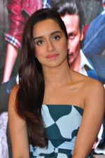 Shraddha Kapoor at Baaghi promotions in Mumbai on 22nd April 2016 (43)_571b6765dfd77.JPG
