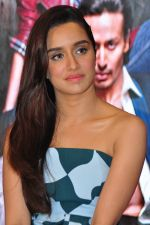 Shraddha Kapoor at Baaghi promotions in Mumbai on 22nd April 2016 (47)_571b677d542f4.JPG