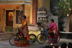 at the promotion of Azhar on location of The Kapil Sharma Show on 22nd April 2016 (112)_571b5cad1b644.JPG