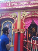 Akshay Oberoi visited the famous Ghanteshwar Hanuman Temple in Mumbai to seek blessings for his film Laal Rang on 22nd April 2016 (5)_5726fa8064ff2.jpg