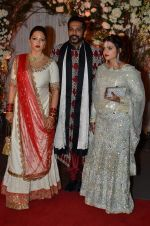 Rocky S at Bipasha Basu and Karan Singh Grover_s Wedding on 30th April 2016 (27)_5726fe3120f14.JPG