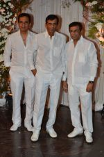 Abbas Mastan at Bipasha Basu and Karan Singh Grover_s Wedding Reception on 30th April 2016 (72)_57281eed149c2.JPG