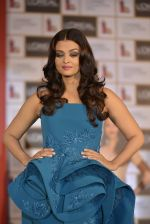 Aishwarya Rai Bachchan celebrates 15 years at Cannes launches Inflammable collection for Loreal (10)_57288a11cd659.JPG