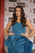 Aishwarya Rai Bachchan celebrates 15 years at Cannes launches Inflammable collection for Loreal (11)_57288a16e97d2.JPG