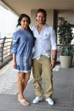 Shraddha Kapoor and Tiger Shroff photo shoot for Baaghi promotions (58)_57288c3c8ad37.JPG