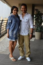 Shraddha Kapoor and Tiger Shroff photo shoot for Baaghi promotions (65)_57288c6089295.JPG