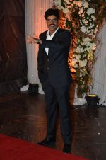 Sikander Kher at Bipasha Basu and Karan Singh Grover_s Wedding Reception on 30th April 2016 (107)_572830830ddd6.JPG