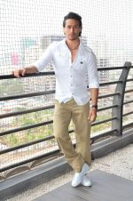 Tiger Shroff photo shoot for Baaghi promotions (60)_57288d28baa52.JPG