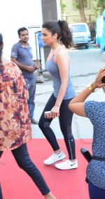Parineeti Chopra is Size zero snapped at Mehboob on 3rd May 2016