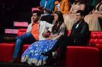 Aishwarya Rai Bachchan, Randeep Hooda, Omung Kumar at Sarbjit integration with SAREGAMA on 5th May 2016 (119)_572df3630a493.JPG