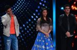 Aishwarya Rai Bachchan, Randeep Hooda, Omung Kumar at Sarbjit integration with SAREGAMA on 5th May 2016 (170)_572df364b7ea7.JPG
