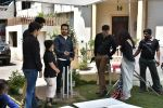 Emraan Hashmi on location of Badi Door Se Aye Hain on 6th May 2016 (30)_572e1c76b0447.JPG